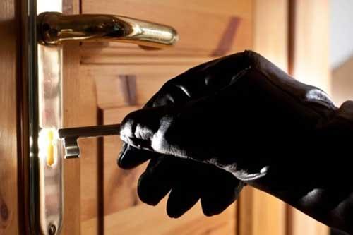 У Гребінці поліцейські встановили підозрюваного у скоєнні низки крадіжок з підсобних приміщень