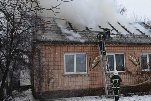 На Гребінківщині сталася пожежа в житловому будинку