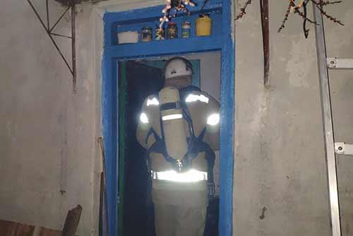 Гребінківські рятувальники ліквідували пожежу у приватному домоволодінні