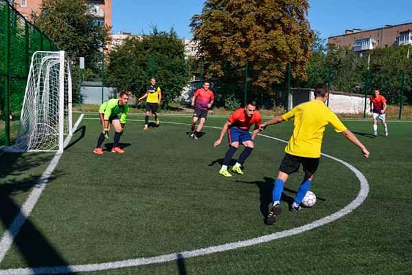 У Гребінківській громаді на День фізичної культури і спорту відбулись змагання з міні-футболу