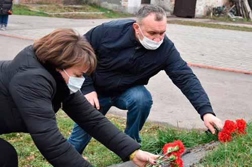 У Пирятині вшанували пам'ять жертв Голодомору
