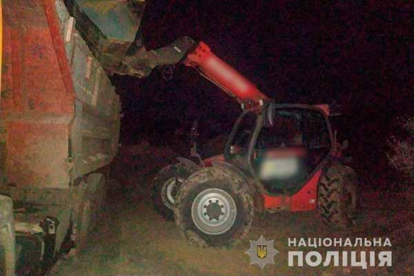 В одному з районів Полтавщини правоохоронці виявили незаконне вивезення піску