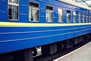 На новорічні та різдвяні свята курсуватимуть 15 додаткових поїздів