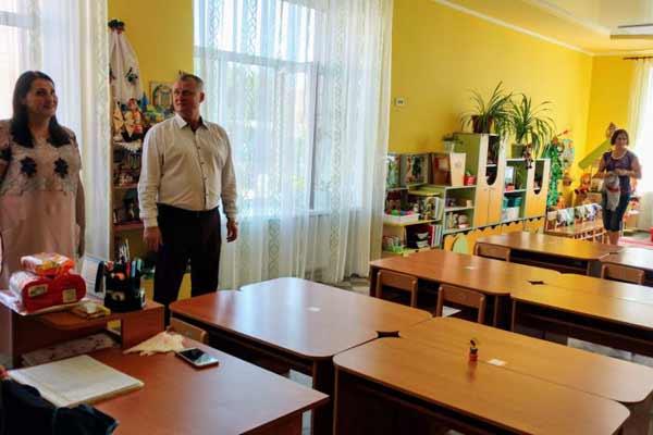 Директор Департаменту освіти і науки Полтавської ОДА в Гребінківській